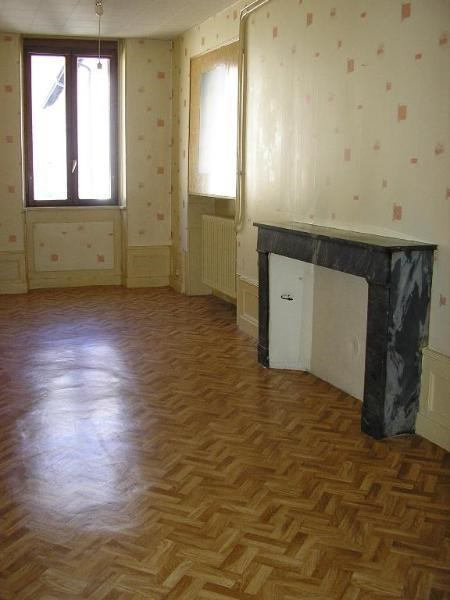 Location appartement Nantua 595€ CC - Photo 3