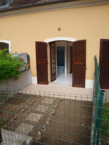 Sale apartment Villabe 87 000€ - Picture 2