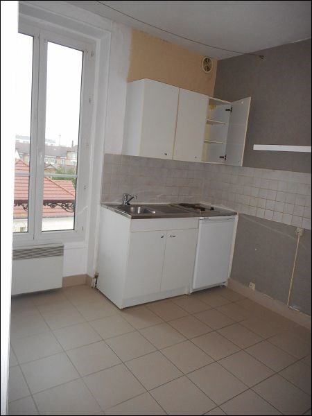 Rental apartment Juvisy sur orge 487€ CC - Picture 2