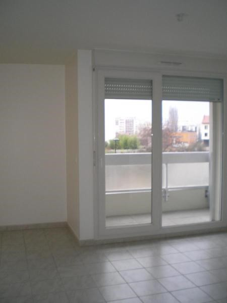Location appartement Grenoble 470€ CC - Photo 2