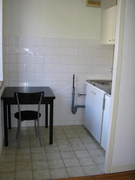 Location appartement Nantua 226€ CC - Photo 3