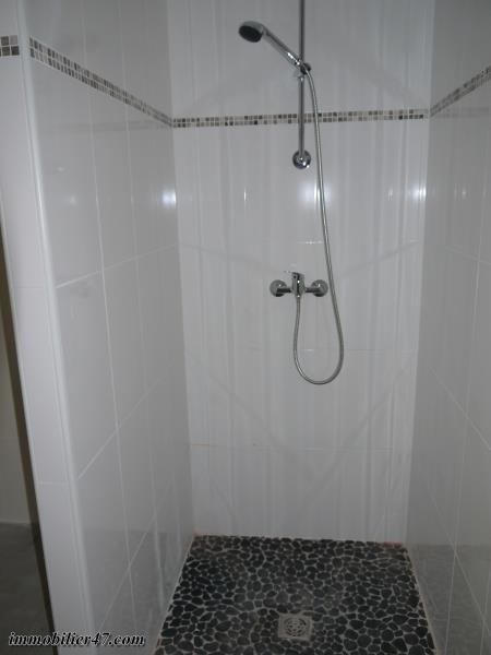 Location appartement Castelmoron sur lot 530€ CC - Photo 7