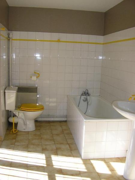 Rental apartment Nantua 406€ CC - Picture 4