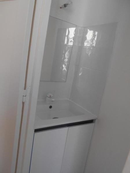 Location appartement Paris 5ème 845€cc - Photo 5
