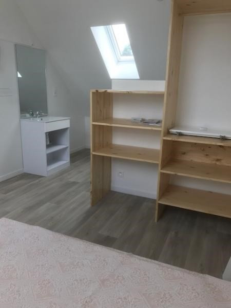 Location appartement Lederzelle 420€ CC - Photo 4