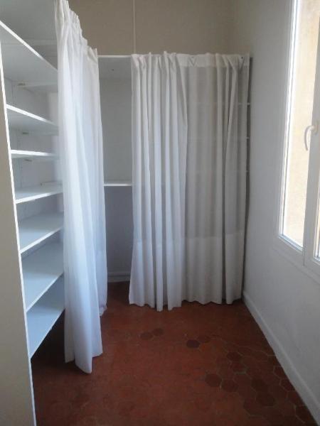 Location appartement Aix en provence 790€ CC - Photo 4