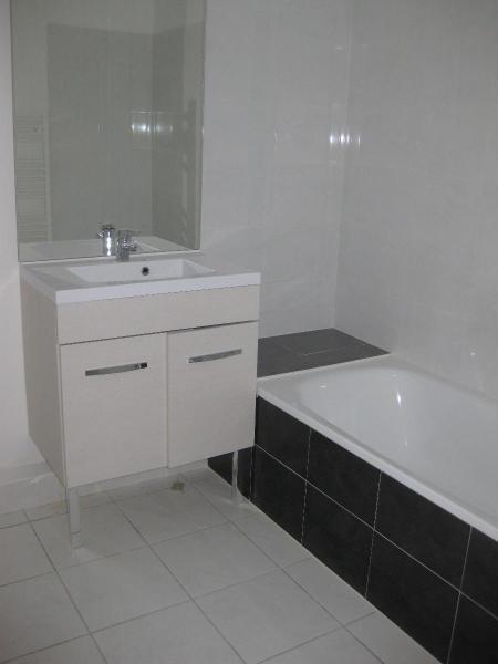 Location appartement Pontcharra-sur-turdine 565€ CC - Photo 4