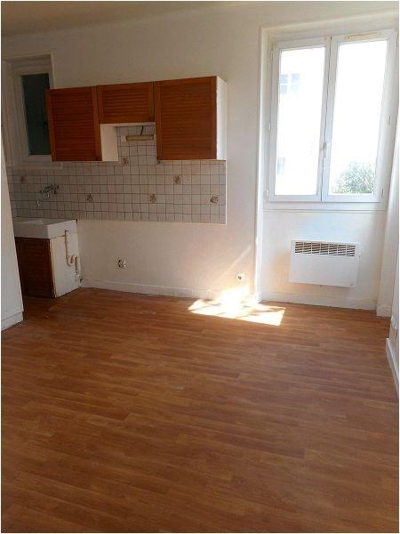 Rental apartment Juvisy sur orge 579€ CC - Picture 1
