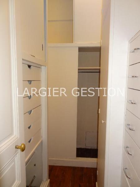 Location appartement Paris 8ème 4845€ CC - Photo 7