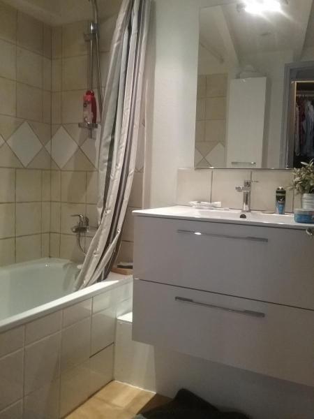 Rental house / villa Rousset 620€ CC - Picture 2