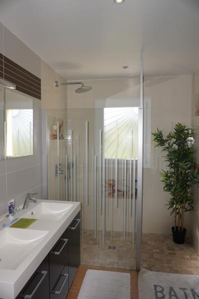 Sale house / villa St andre de cubzac 332800€ - Picture 10