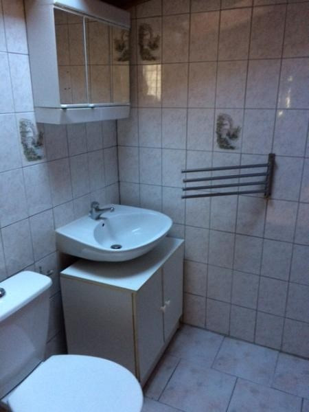 Location appartement Greasque 411€ CC - Photo 3