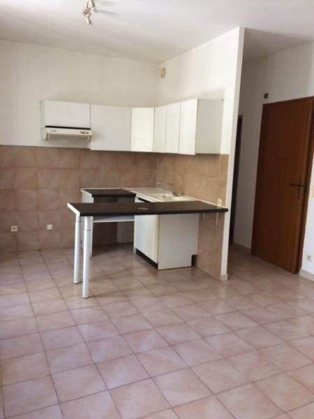 Location appartement Fuveau 617€ CC - Photo 2