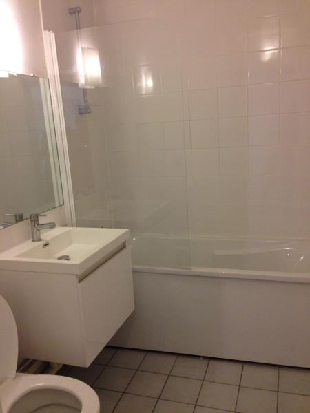 Location appartement Rueil malmaison 749€ CC - Photo 2