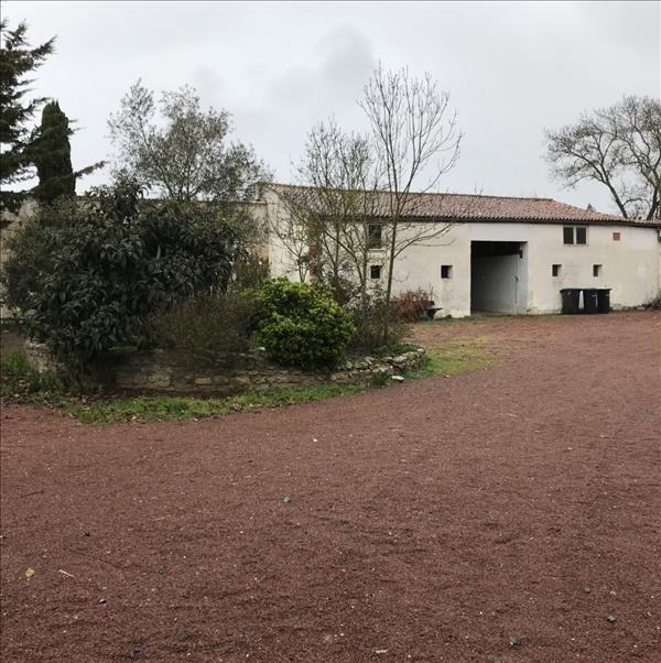 Deluxe sale house / villa Puilboreau 1015000€ - Picture 2