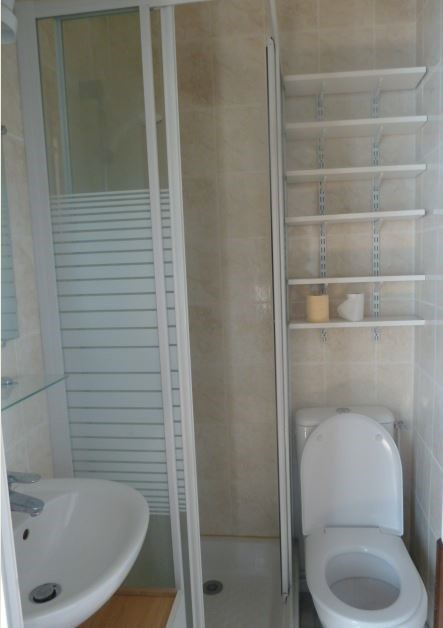 Location appartement Paris 10ème 590€ CC - Photo 5