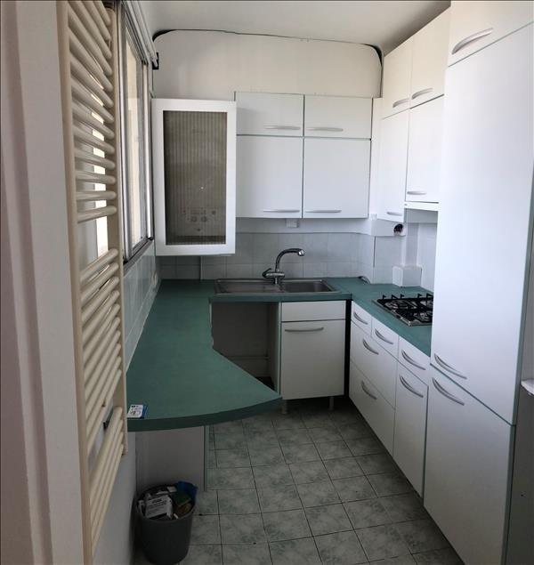 Rental apartment Le pecq 925€ CC - Picture 4