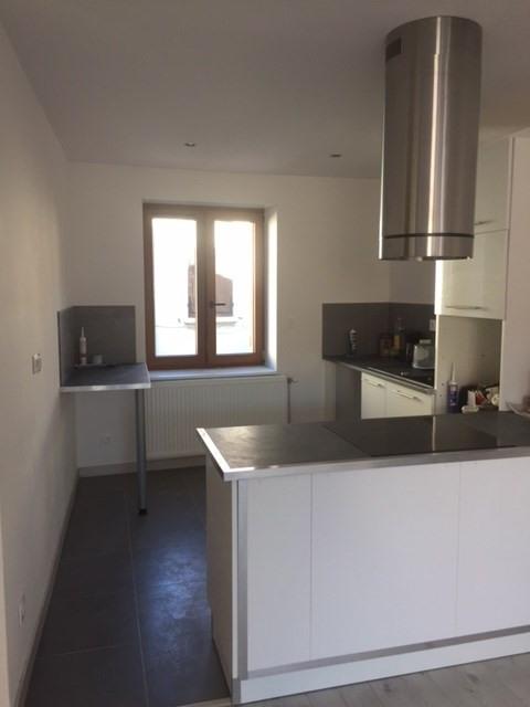 Rental apartment Sury-le-comtal 696€ CC - Picture 4