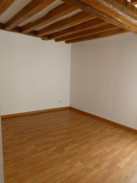 Rental house / villa Freneuse 689€ CC - Picture 8