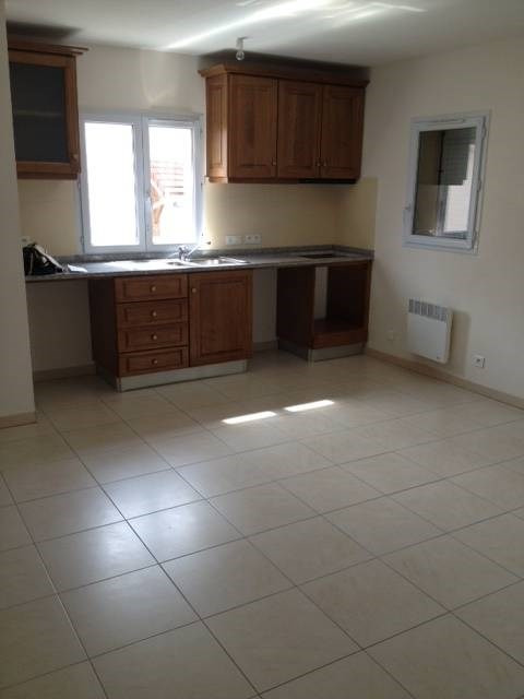 Location appartement Linas 691€ +CH - Photo 1