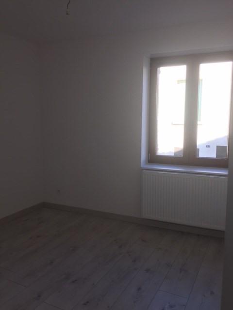 Rental apartment Sury-le-comtal 696€ CC - Picture 10