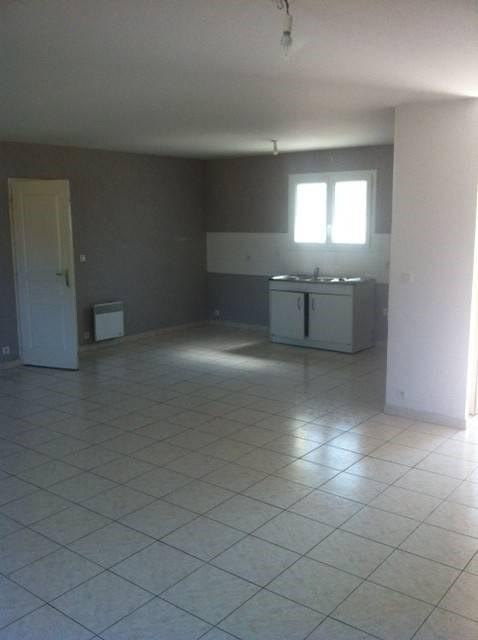 Location maison / villa Moulis-en-medoc 803€ CC - Photo 4