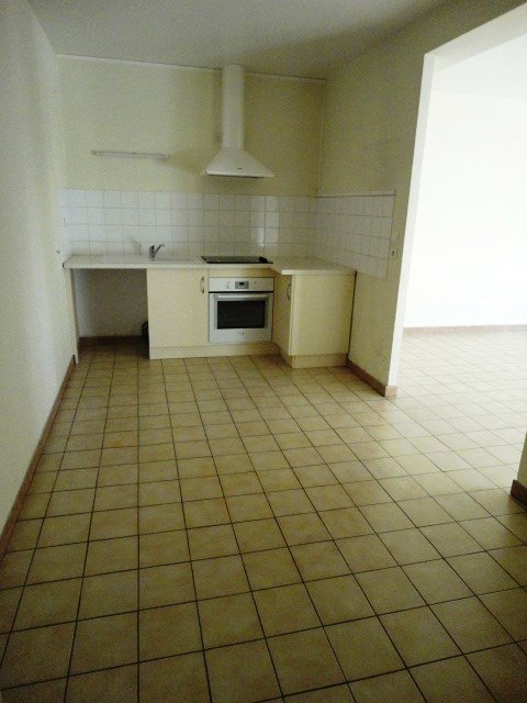 Location appartement Aire sur l adour 563€ CC - Photo 2