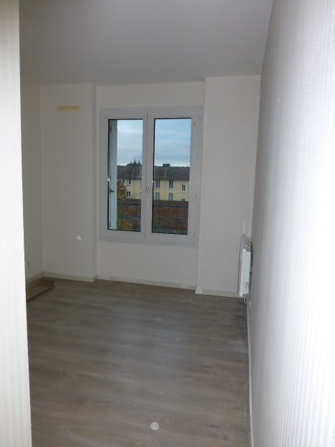 Location appartement Mantes-la-jolie 700€ CC - Photo 11