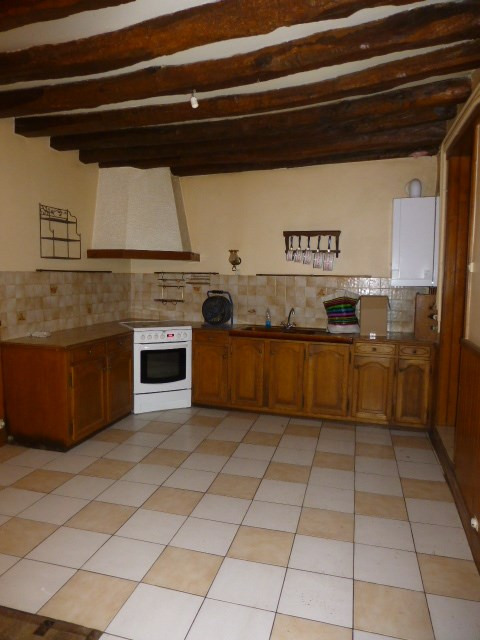 Rental house / villa Bennecourt 900€ CC - Picture 1