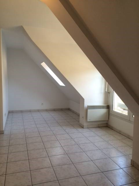 Rental apartment Arpajon 571€ CC - Picture 4