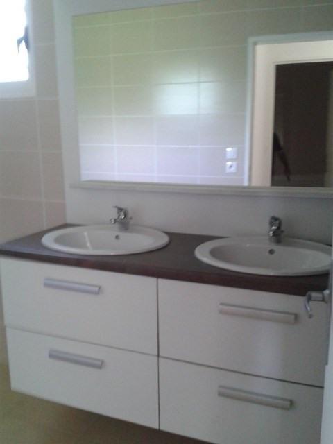 Sale house / villa Ste suzanne 262000€ - Picture 2