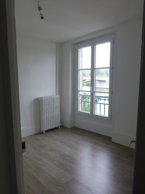 Location appartement Mantes-la-jolie 790€ CC - Photo 4