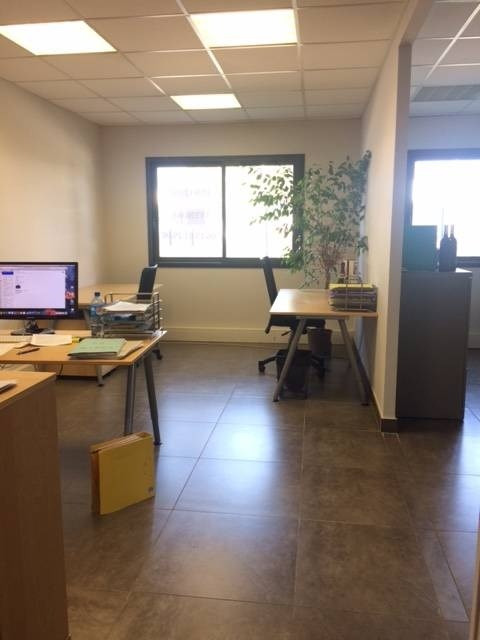 Sale office Avignon 193 000€ - Picture 4