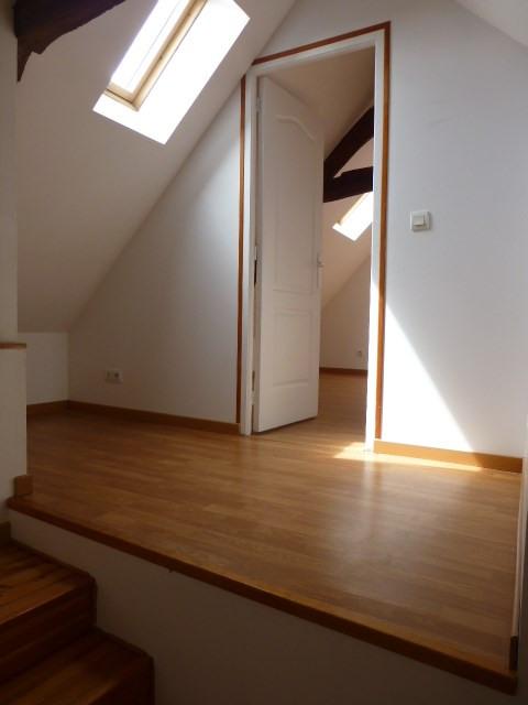 Rental house / villa Freneuse 689€ CC - Picture 14