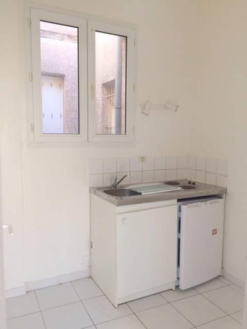 Alquiler  apartamento Avignon 395€ CC - Fotografía 3