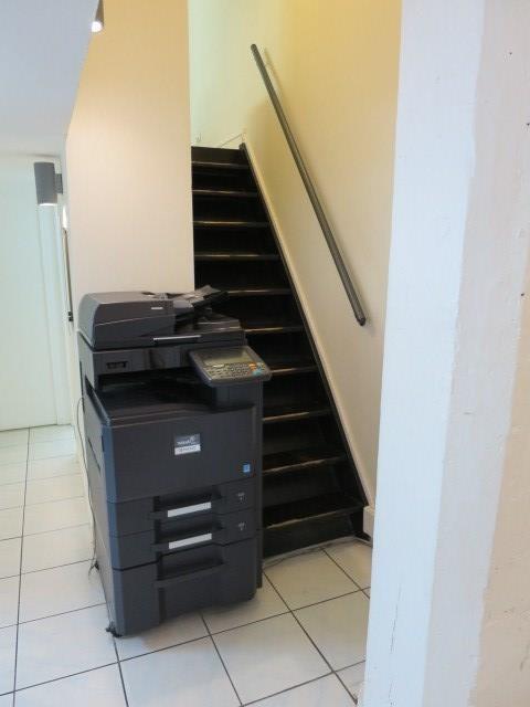 Commercial lease transfer shop Paris 2ème 110000€ - Picture 3