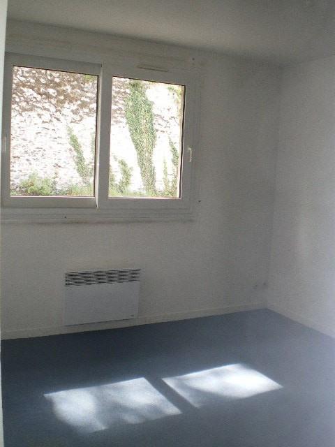 Location appartement Saint-lô 405€ CC - Photo 3