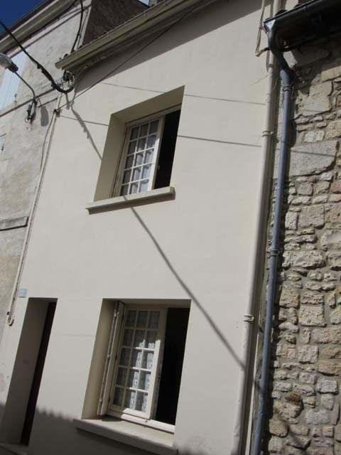 Sale house / villa Saint-jean-d'angély 45300€ - Picture 3