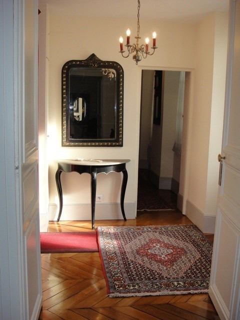 Rental apartment Fontainebleau 2 402€ CC - Picture 1