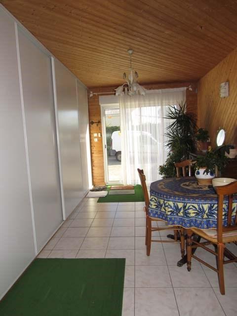 Sale house / villa Poursay-garnaud 169600€ - Picture 5