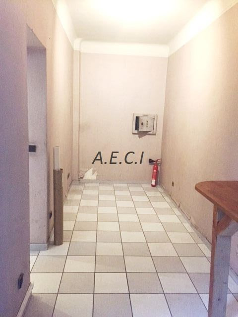 Location boutique Levallois-perret 1 950€ CC - Photo 8
