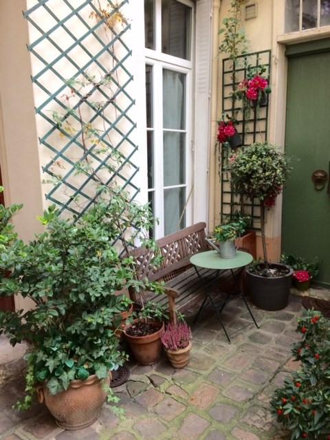 Vente appartement Paris 9ème 1430000€ - Photo 2