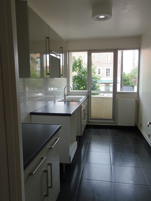 Rental apartment Vincennes 1 195€ CC - Picture 2