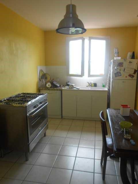 Rental house / villa Saint-genest-lerpt 930€ CC - Picture 2