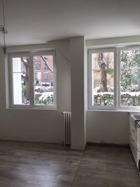 Rental apartment Paris 15ème 1499€ CC - Picture 2