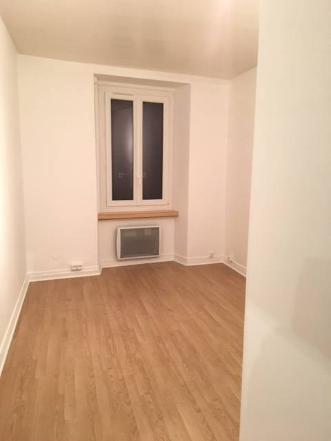 Rental apartment Arpajon 571€ CC - Picture 11