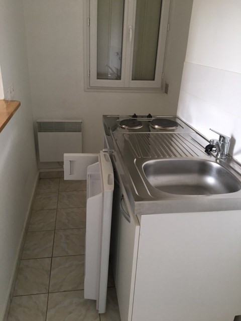 Rental apartment Colombes 573€ CC - Picture 2