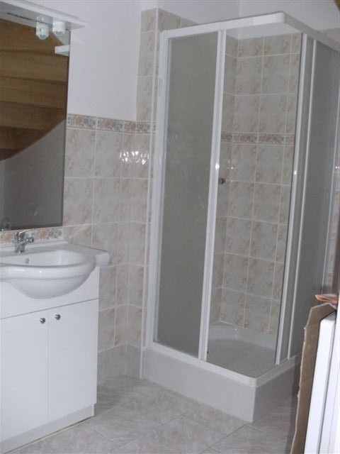 Location appartement Isigny sur mer 360€ CC - Photo 2