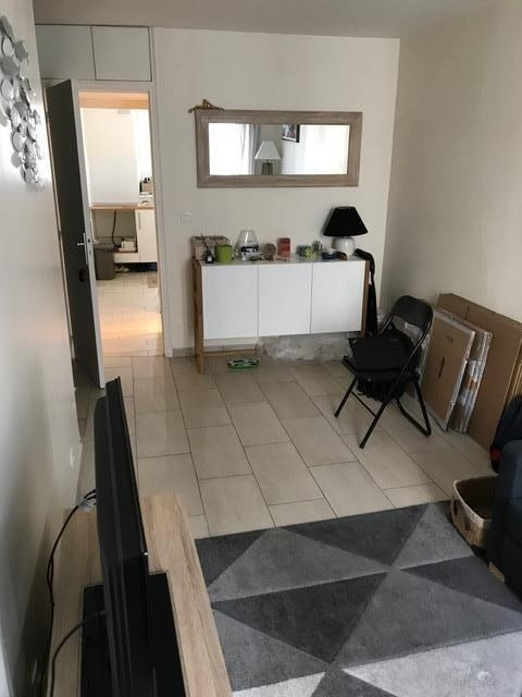 Location appartement Levallois perret 990€ CC - Photo 2