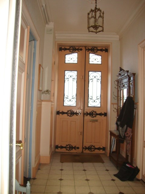 Sale house / villa Saint-jean-d'angély 315 000€ - Picture 4